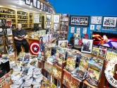 The World's Biggest Comic Book Collection – 2015 Guinness World Record