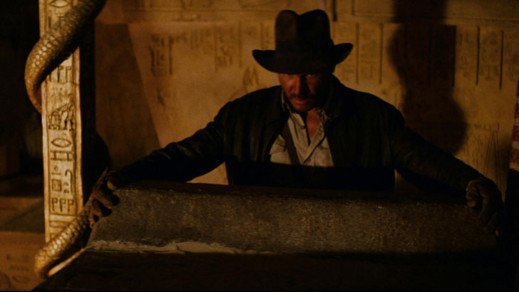 R2-D2 and C-3PO in Raiders of the Lost Ark